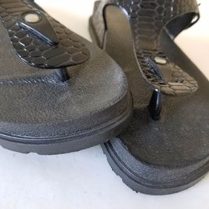 Dizzy Shoes - Dizzy Women Black Thong Sandals Shoes